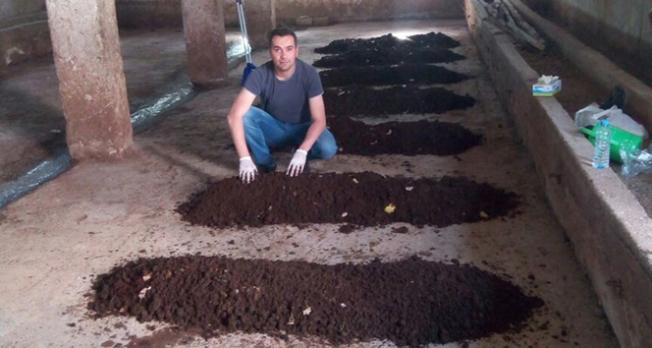 Gördüğü haberden etkilendi, solucan çiftliği kurdu