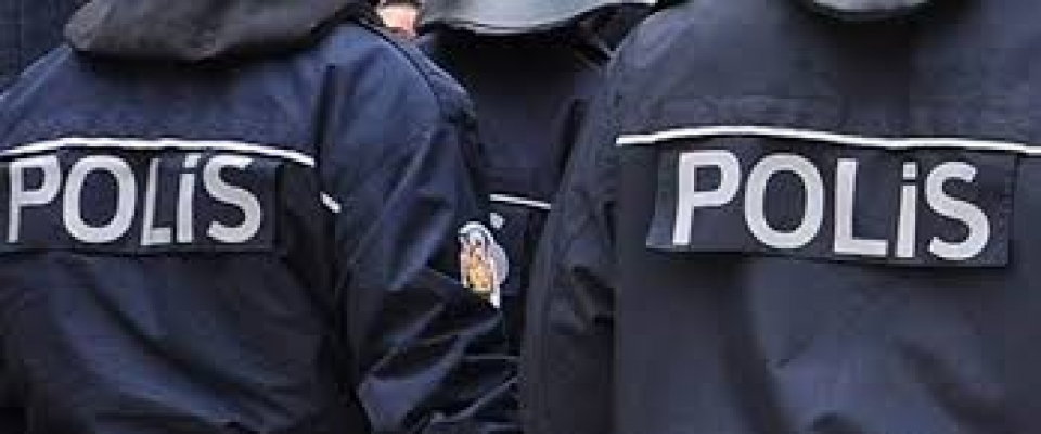 Düzce'de polisten şafak operasyonu