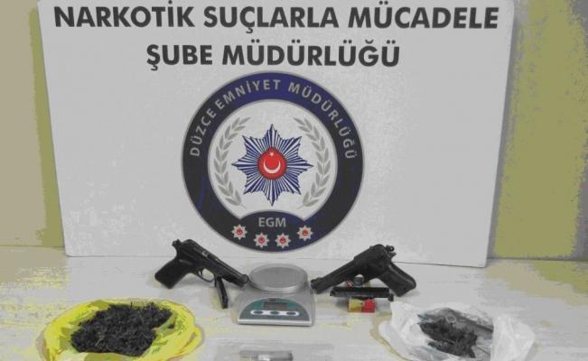 Düzce Emniyet müdürlüğünden uyuşturucu operasyonu