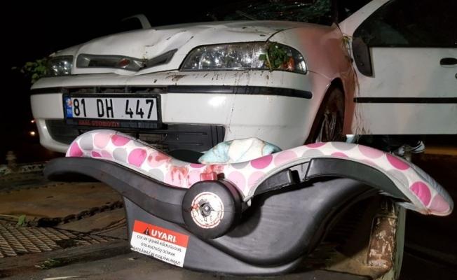 Eşinin aracını sıkıştırdığı iddia edilen sürücü kazaya neden oldu: 5 yaralı