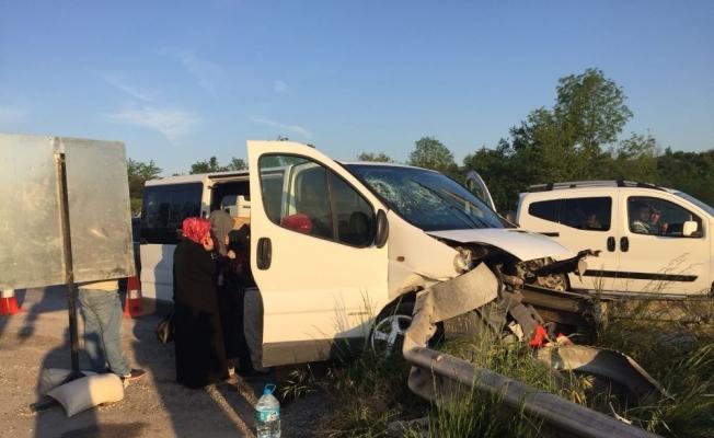 TEM Otoyolu Düzce kesiminde kaza 7 yaralı