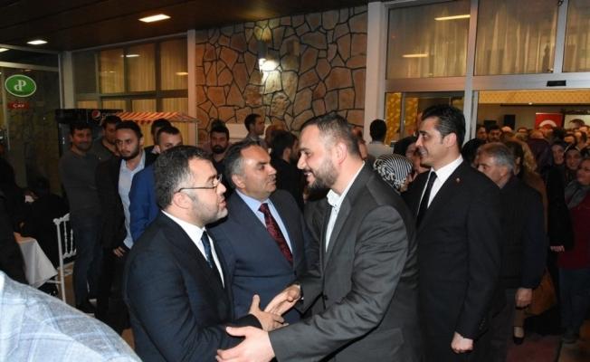 AK Parti ailesi iftarda bir araya geldi
