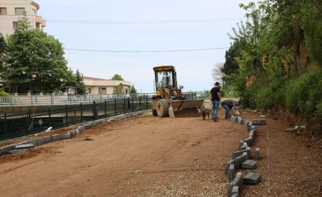 Akçakoca Belediyesi yol çalışmalarına başladı