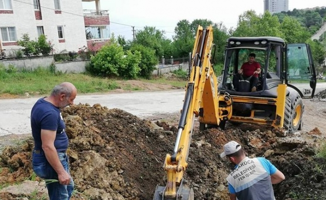 Akçakoca'da alt yapı çalışmaları sürüyor