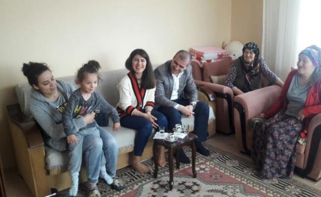 Başkan Yemenici'den Anneler Günü ziyaretleri