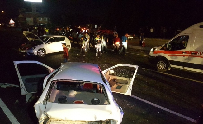 Düzce'de zincirleme kaza: 4 yaralı