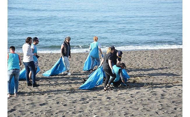 Sahil temizliği yapıldı