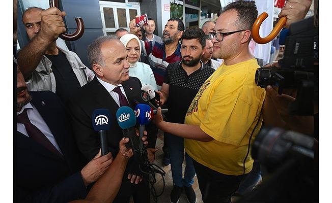 """BAKAN ÖZLÜ, """" BİZ TÜRKİYE'NİN GELİŞMESİNİ ARZU EDİYORUZ"""""""