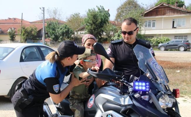 Polis SMA Hastası Çocuğun Hayalini Gerçekleştirdi