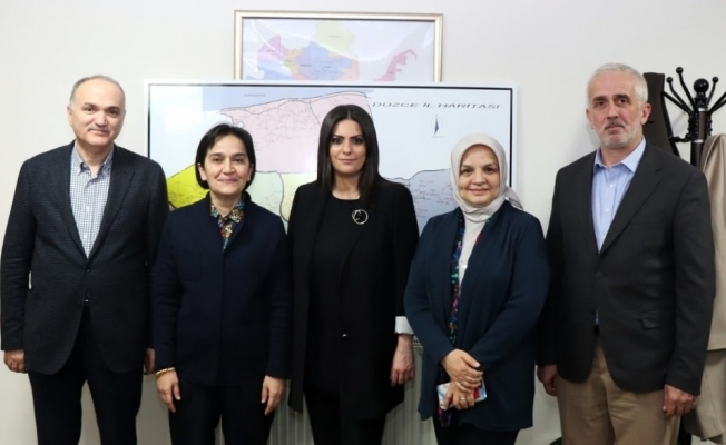 Sarıeroğlu'ndan Özlü'ye destek ziyareti