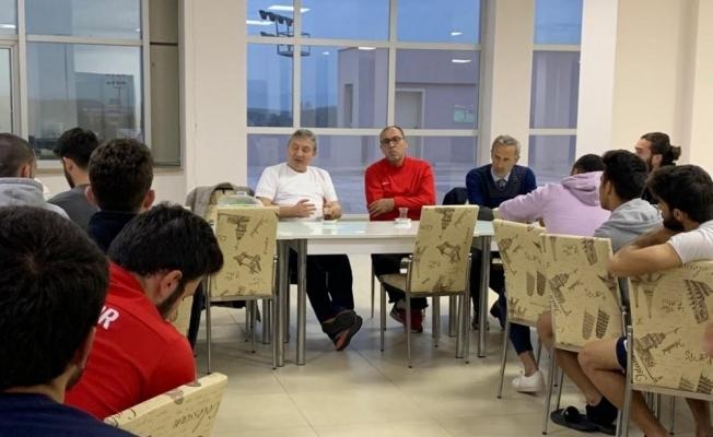 Düzcespor Başkanı Aydın teknik ekiple buluştu