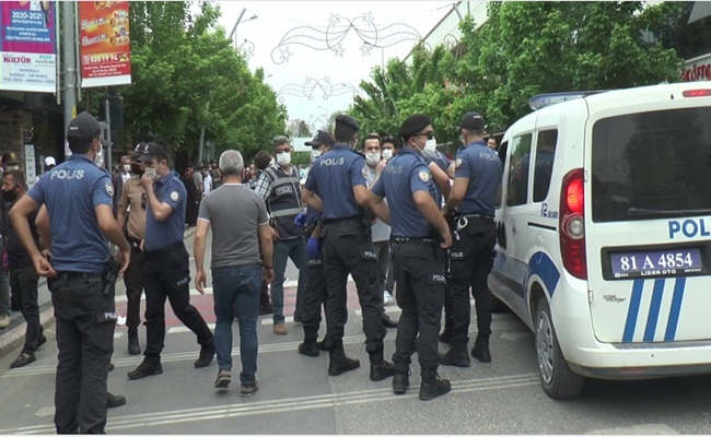 POLİSLE TARTIŞTI YAKA PAÇA GÖZALTINA ALINDI