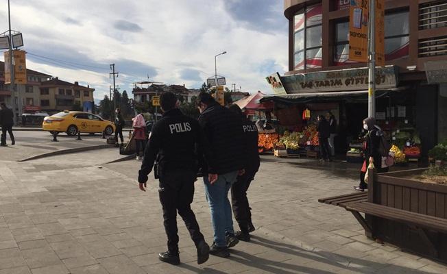 """""""İNTİHAR EDECEĞİM"""" DİYEREK POLİSİ ARADI"""
