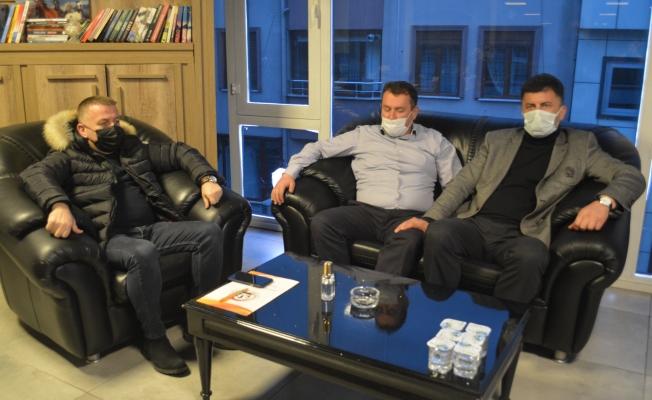 AK PARTİ AKÇAKOCA'DAN ÖNCÜ TV'YE ZİYARET