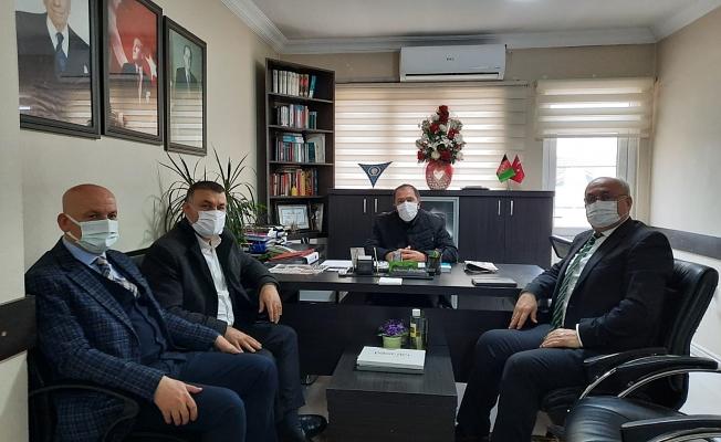 KURULTAYIN ARDINDAN MHP'YE İLK ZİYARET AK PARTİLİ BAŞKANLARDAN