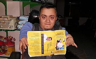 Cam hastası engelli genç, muhtar adayı oldu