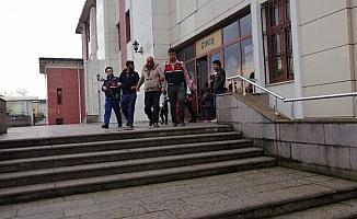 Depodan malzeme çalan hırsızlar tutuklandı