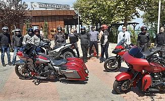 KLASİK MOTOSİKLET TUTKUNLARI AKÇAKOCA'DA
