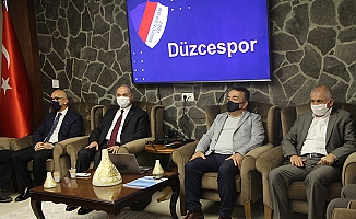 """ÖZLÜ: """"DÜZCESPOR'UN ARKASINDAYIZ"""""""