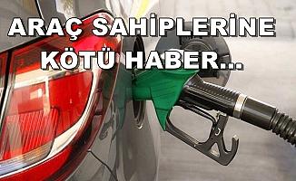 ZAMMIN ELİ KULAĞINDA...