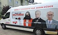 Seçim Minibüsüne Çirkin Saldırı